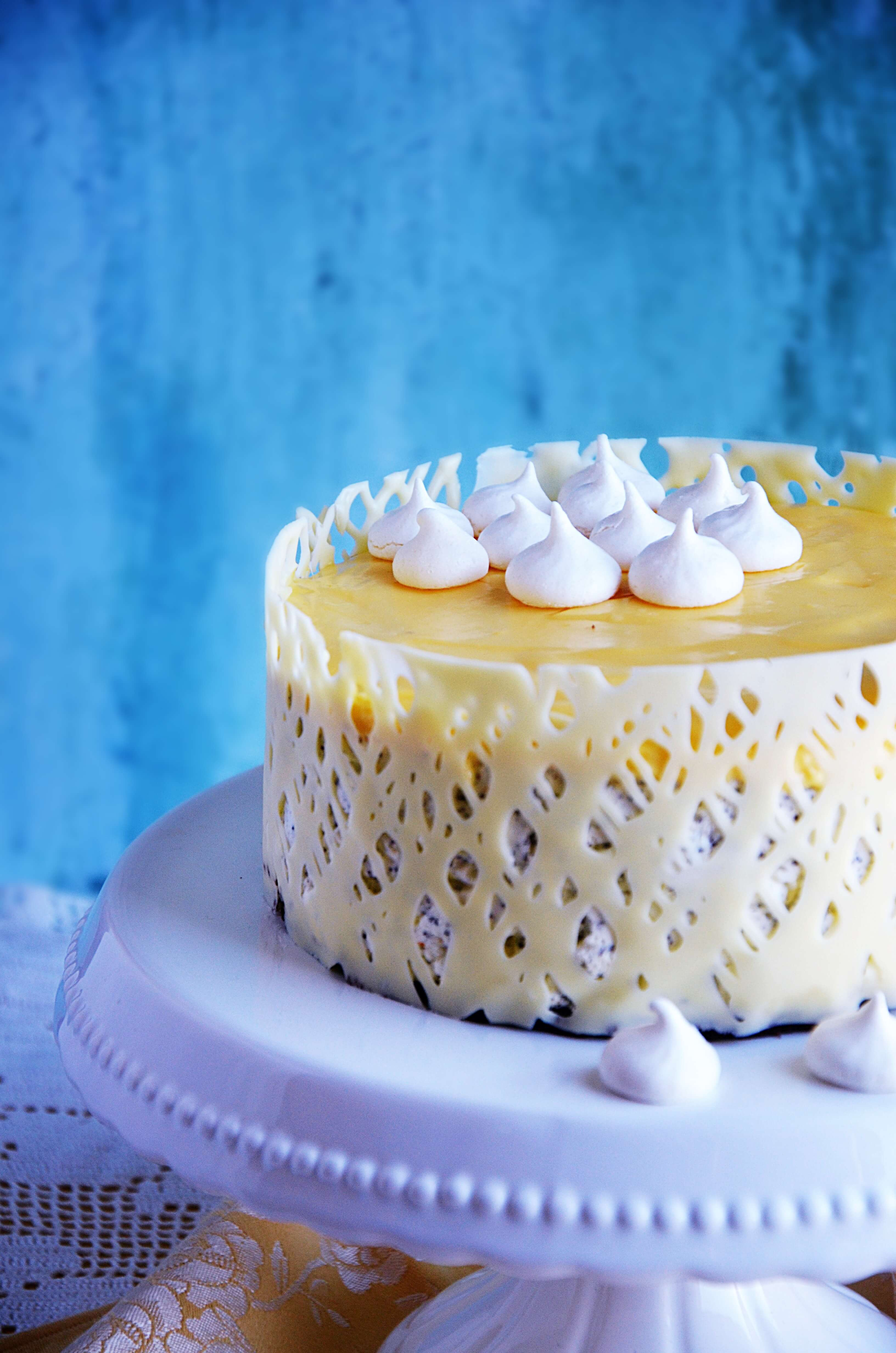Mákos túró mousse torta narancs curd-del csokikerítéssel