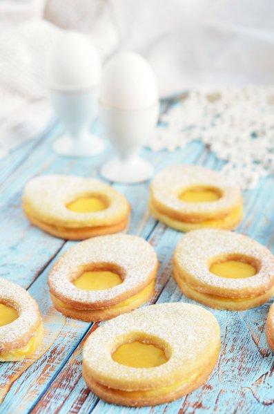 bodzás-citromkrémes linzertojás recept - húsvéti tojáslinzer lemon curd-del töltve