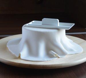 Fondant, marcipán tortára simítása