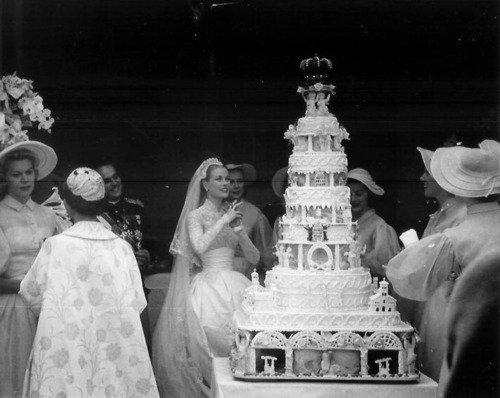 Grace Kelly és III. Rainer monacói herceg esküvői tortája
