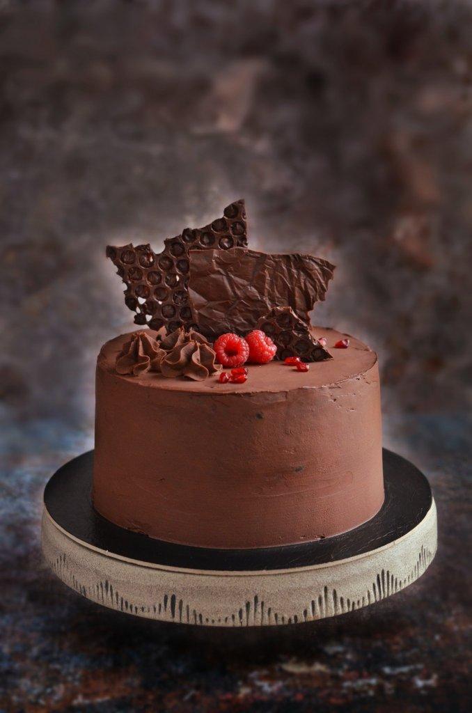 vegán csokitorta recept erdei gyümölccsel