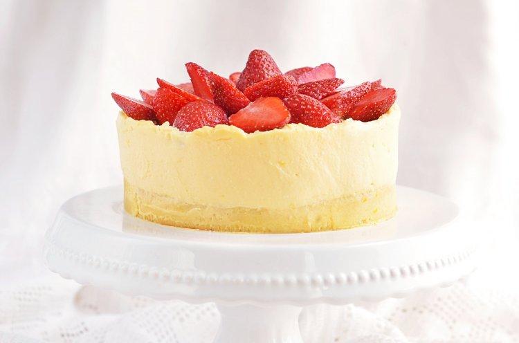 citromkrémes blondie torta eperrel - recept