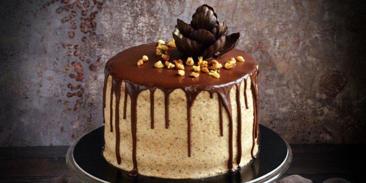 Fahéjas mascarponés diótorta recept csoki csurgatással - csokivirág