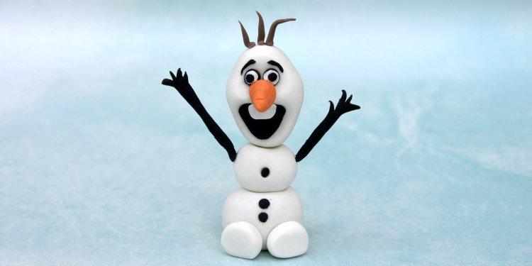 Olaf figura készítése fondantből egyszerűen, lépésről lépésre, Jégvarázs tortára