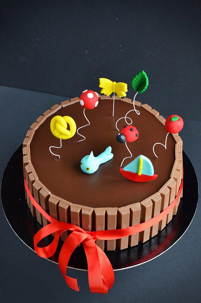 Kitkat torta készítése óvodai ballagásra - ovis ballagó torta fondant ovis jelekkel