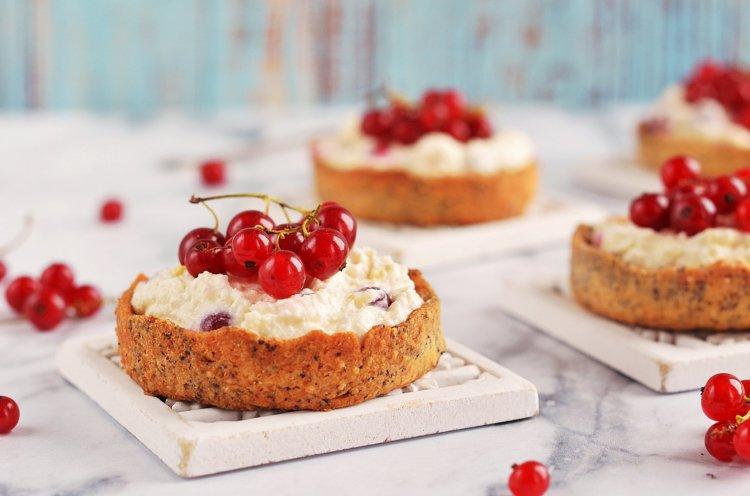 Ribizlis-túrós mini tart recept - tartelette