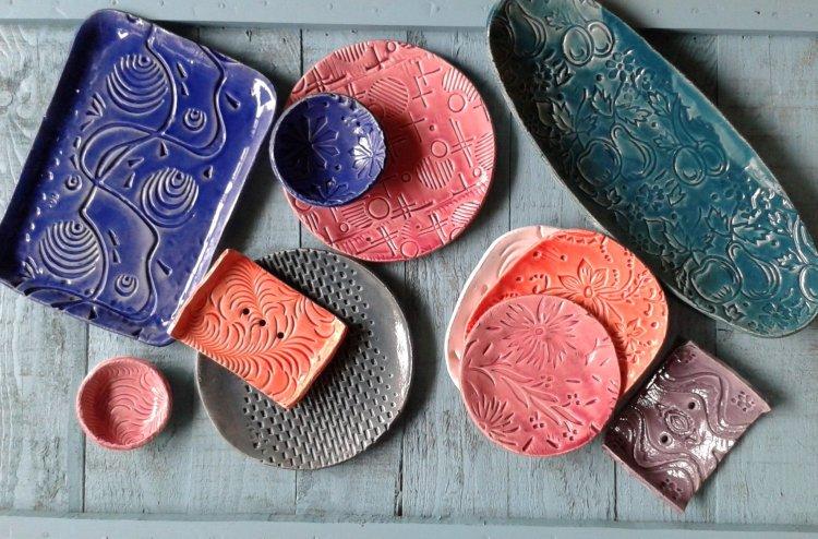 Apacuka Ceramics random agyagozás workshop