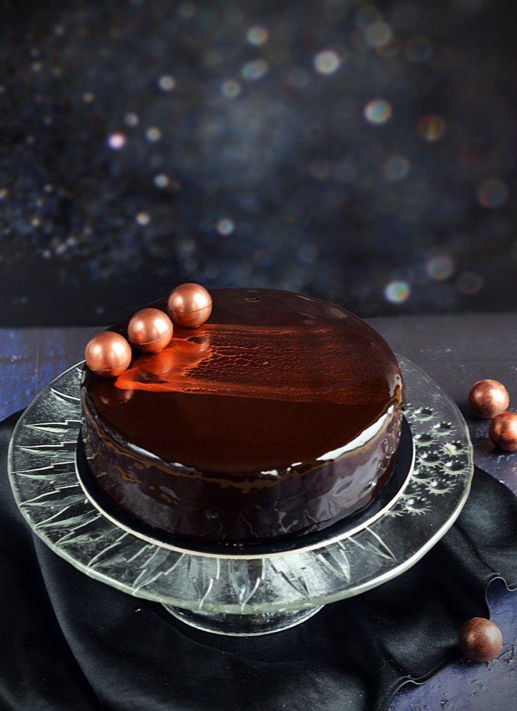 Gyíkmázas tükörglazúr - tiramisu mousse torta