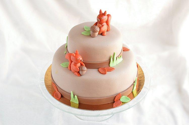 emeletes mókus torta készítése útmutató - mogyorokrémes torta recept