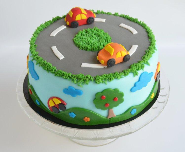autós torta fondanttal burkolva - ötletek, útmutató lépésről lépésre