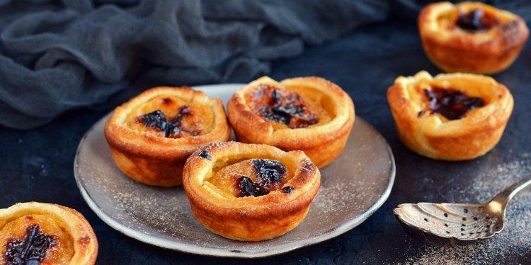 pastéis de belém - pastel de nata recept házilag - portugál sült vaníliakrémes süti egyszerűen leveles tésztából