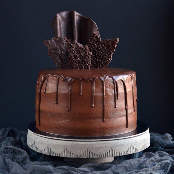 Csoki dekorációk készítése házilag egyszerűen - buborékos hatású csoki díszek lépésről lépésre