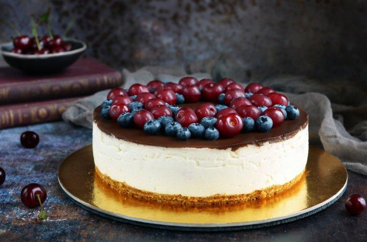 Meggyes túró rudi torta cukormentesen - csokis-meggyes túrótorta cukormentes recept