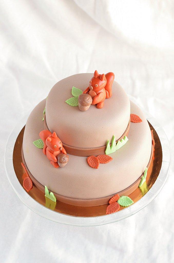 emeletes mókus torta készítése útmutató - mogyorókrémes torta recept