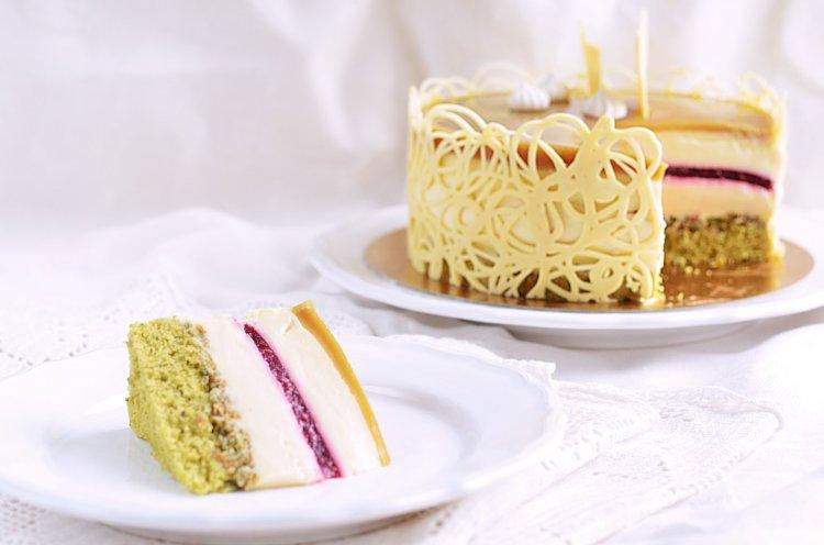Őrség zöld aranya torta recept házilag - tökmagos országtorta készítése