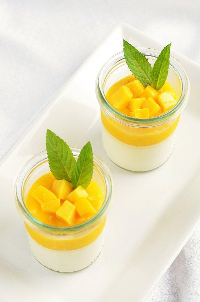 Cukormentes mangós panna cotta recept