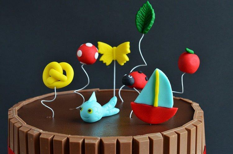 Kitkat torta készítése - ovis jelek fondantból óvodai ballagásra