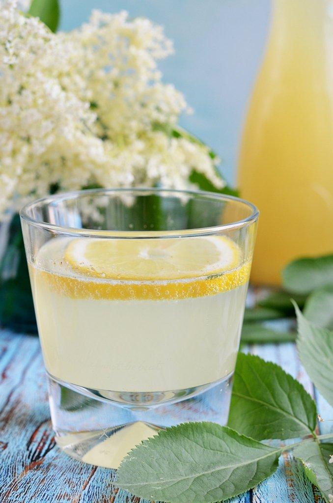 Cukormentes bodzaszörp recept steviával és eritrittel, tartósítószer nélkül