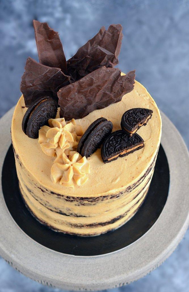 Földimogyorós pucér torta recept - mogyoróvajas torta készítése