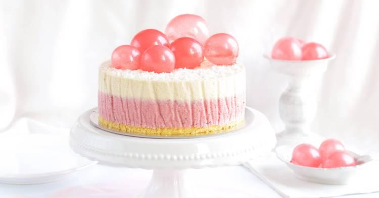 Zselatin buborék készítése - zselatin lufi, eper-kókusz mousse torta recept