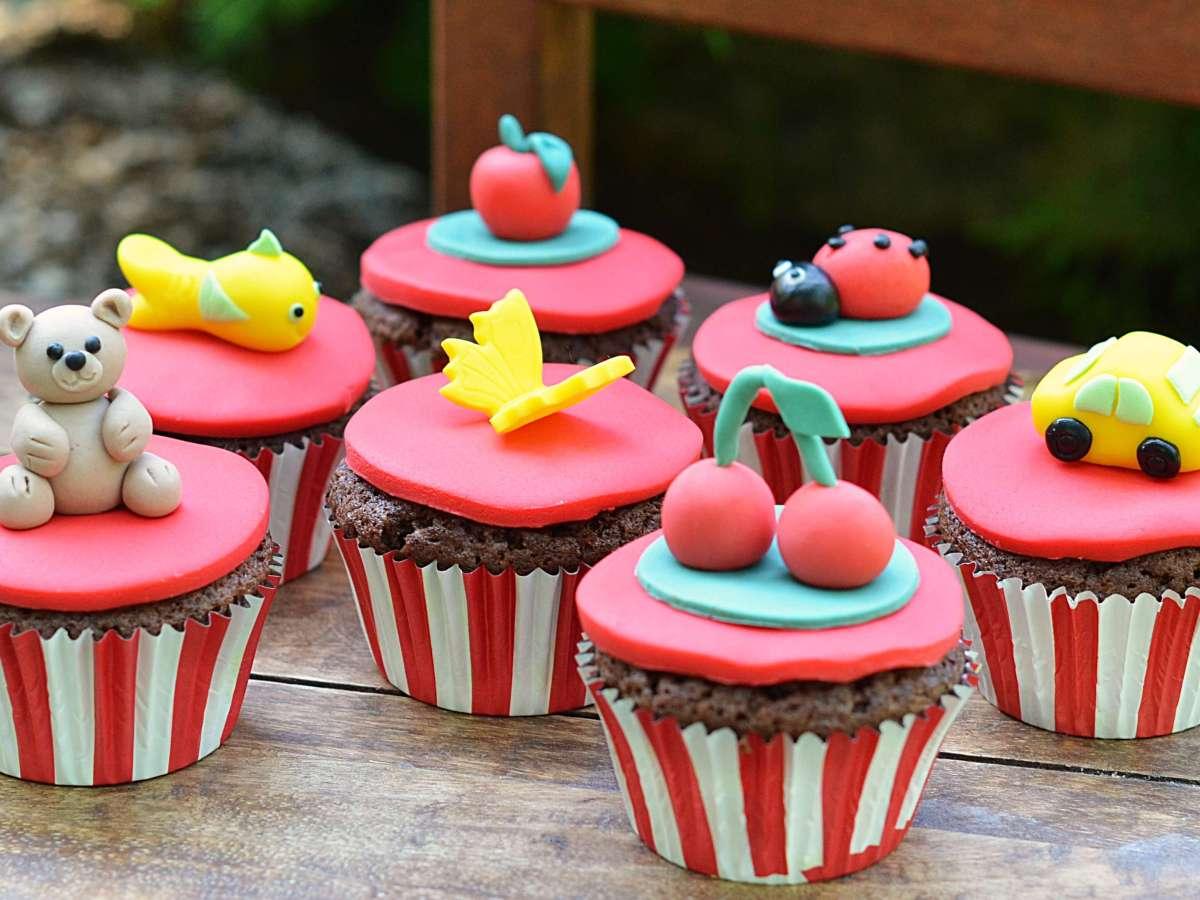 óvodai ballagási cupcake - kakaós-meggyes muffin recept