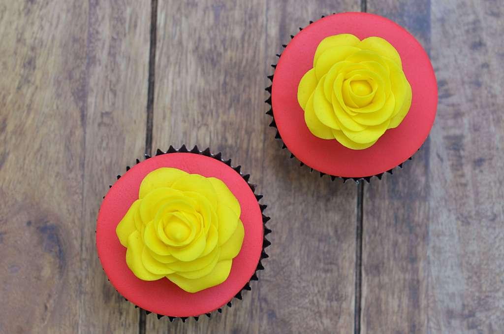 rózsás cupcake az óvó néniknek